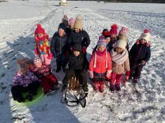 MOTÝLCI - Leden - 1. den - Cesta za sněhem