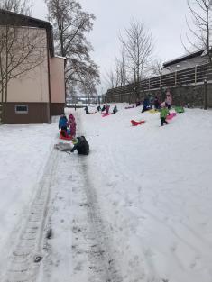 PTÁČATA- Zimní radovánky venku i ve školce..:-)